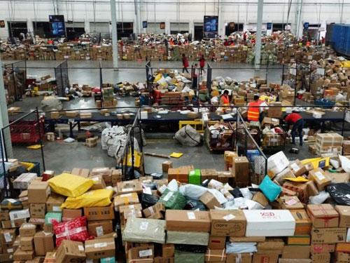 hang hoa phong vu logistics